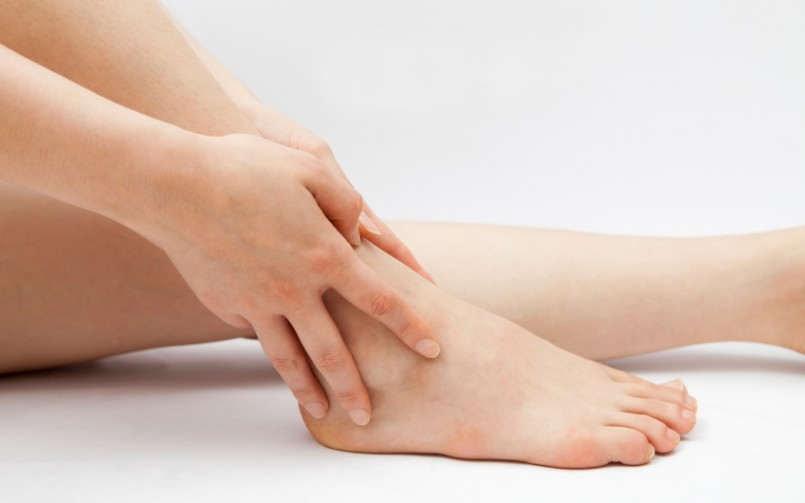 woman suffering from posttraumatic ankle arthritis